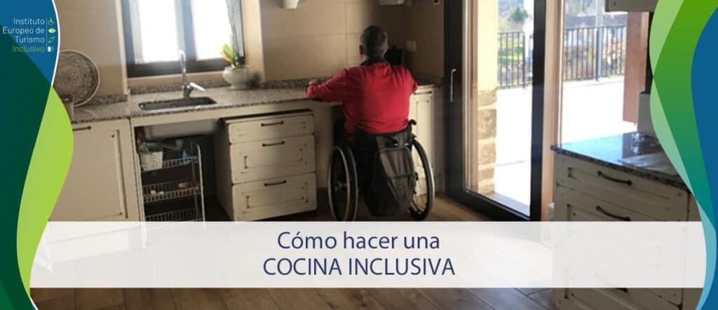 Curso cocina inclusiva. Usuario de silla de ruedas cocina en una vitrocerámica